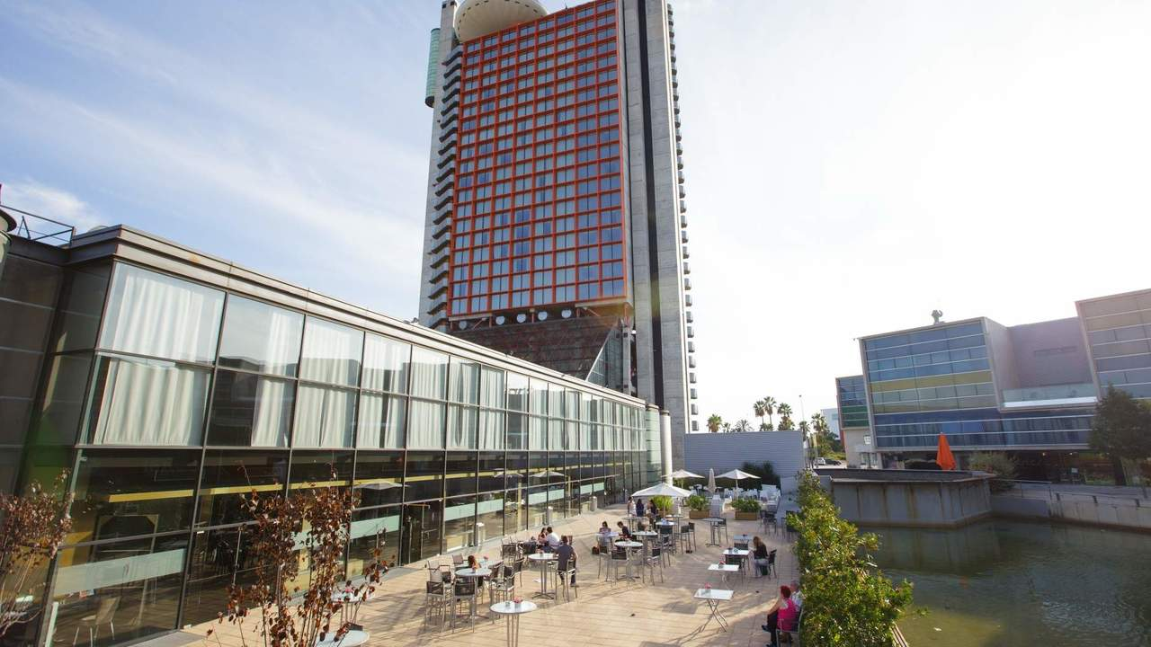 Hesperia Tower Hotel & Convention Center